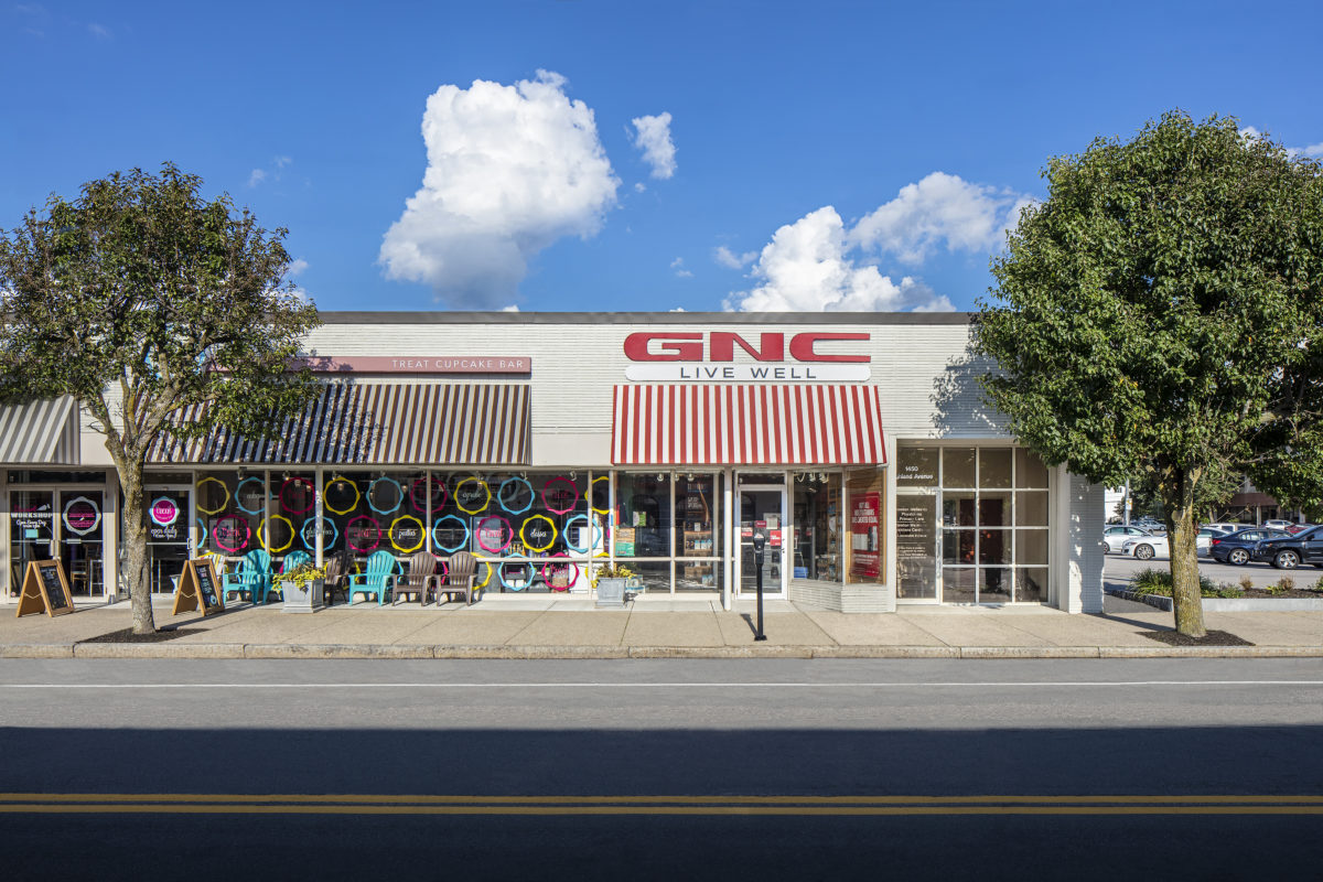 1450 Highland - Swizzles, Treat, GNC